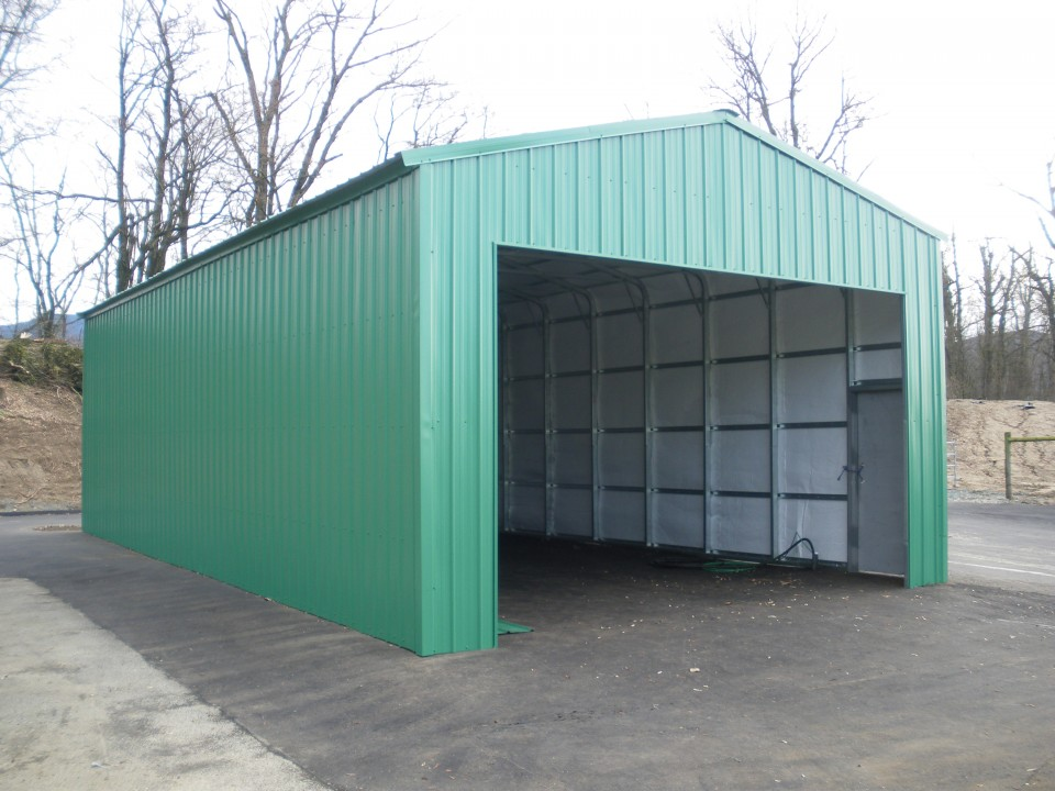 Metal Commercial Maintenance Building, Burnaby, BC