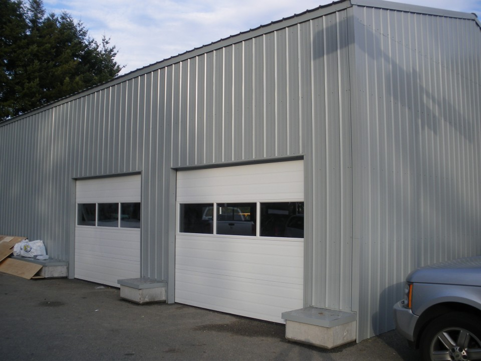 Metal Tire Shop Garage, Surrey, BC